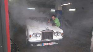 gőztisztítás autómosóban